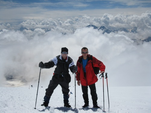 At the traverse 5,000m with the marathon man